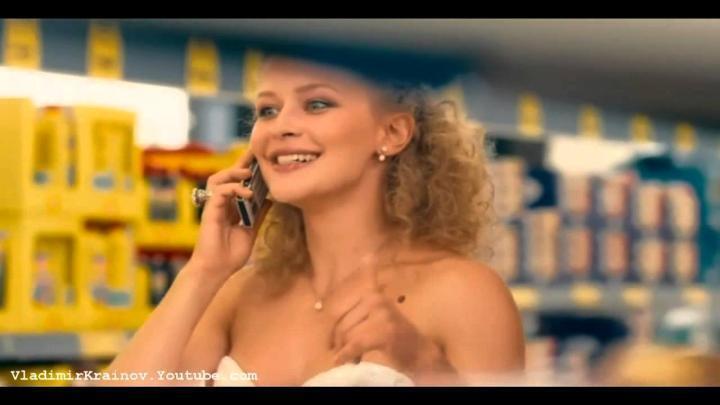 Виктора королева белое платье онлайн